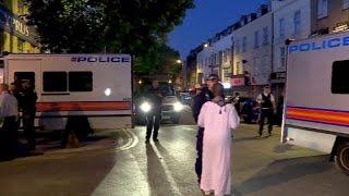 Lieferwagen rammt Fußgänger in London nahe Moschee