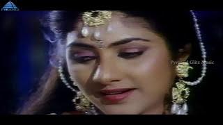 Pavunu Pavunuthan Movie Songs | Mullai Poo Video Song | K Bhagyaraj | Rohini | Pyramid Glitz Music