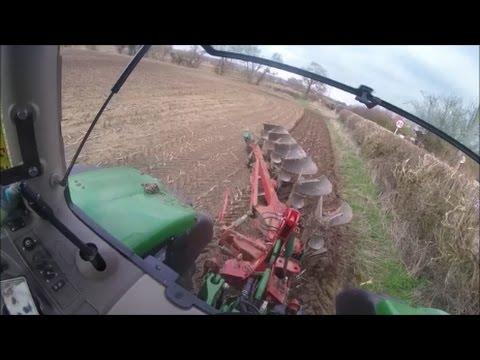 Setting up the plough, John Deere 6190R