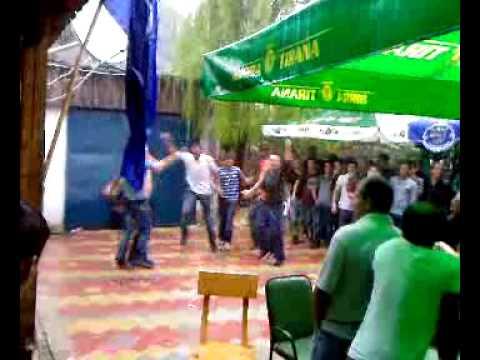 Festa e qershorit Gores Ne Lozhan Valle e pijanecit