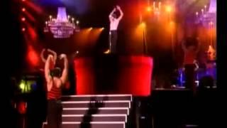 Madonna -  La Isla Bonita -  Live -  The Girlie Show Tour
