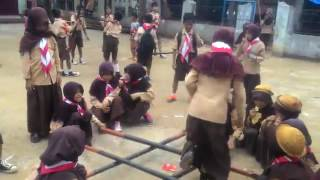 permainan geprak bambu