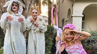 OUR FAMILY HALLOWEEN SPECIAL!!! TRICK OR TREATING AND SCARING KIDS!