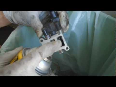 Tutorial: Clean your IAC Valve on a 2005 Acura RSX