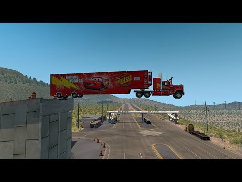 Mack Truck | Transportando a Rayo McQueen