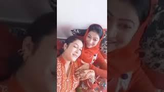 PAKISTANI HOT GIRLS KISSING