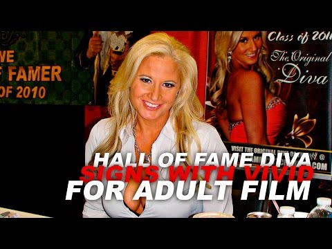 Xxx Mp4 Hall Of Fame Diva Signs With Vivid Entertainment For Adult Film 3gp Sex