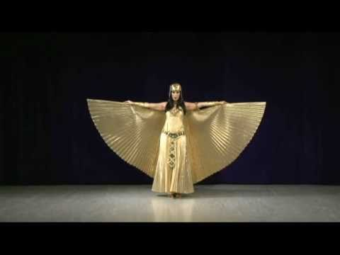 BEAUTIFUL EGYPTIAN DANCER LAYLA TAJ