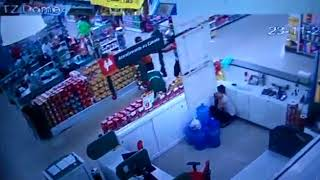 Homem que tentou matar rival dentro do Supermercado