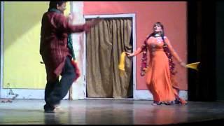 hadeeqa kiyani song janan with nice stage dance gulnaz alhamra hall llahore