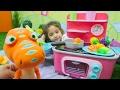 Download Video Download Kız çocuk oyunları. Dinozor Budy ve Tiny ile piknik 3GP MP4 FLV