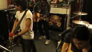 THAI KARAOKE SONG - THAI NEW SONG สุดใจ - เสก โลโซ