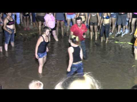 Ladies Pudding Wrestling - video dailymotion