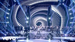 Hailee Steinfeld - Love Myself (Live at Indonesian Choice Awards 2018 NET 5.0)