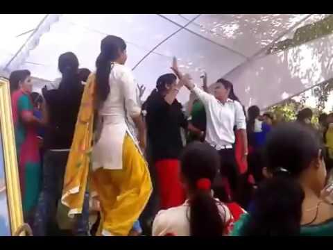 Xxx Mp4 College Girl Dance Fun College Time 3gp Sex