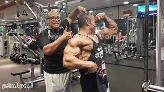 الشحات مبروك يشرح تمارين تضخيم عضلات الظهر وتقسيم جميع عضلات الاكتاف والمجنص في الجيم