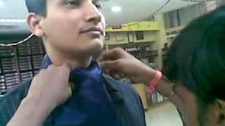 HOW TO TIE A SILK SCARF FOR MEN ON FORMAL WEAR