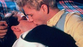 EDGE OF SEVENTEEN Trailer (Classic Gay Film)