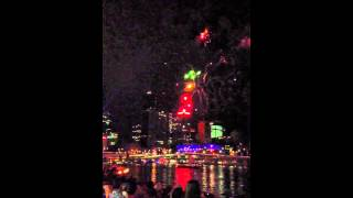 Riverfire 2012 Fireworks in Slow Motion 60fps 16