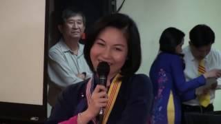 Nữ luật sư xinh đẹp khiến hàng triệu thanh niên Việt Nam thức tỉnh