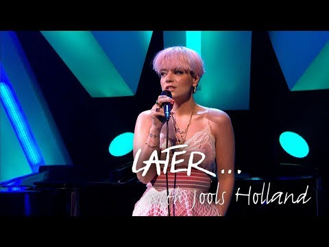 Lily Allen teams up with Jools Holland to perform ballad Three on Later...