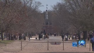 Colonial Williamsburg losing money to unticketed visitors, memo says