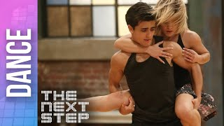 """Riley & Alfie """"Addicted to You"""" Duet - The Next Step Extended Dances"""
