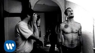Red Hot Chili Peppers - Suck My Kiss [Official Music Video]