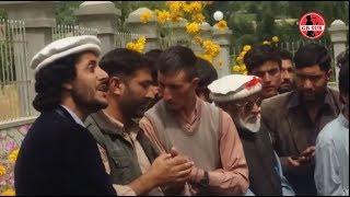 Ansaar Elahi Singing Khowar Song at lalik Jan Shaheed, Mazaar Yasin Ghizer