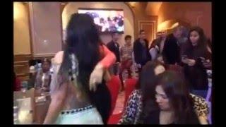 شاهد دويتو رقص بين الراقصة برديس والراقصة صوفيا وظهور كامل لصدر برديس بعد خروجها من السجن 2016