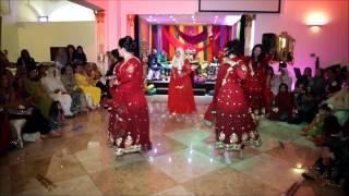 S & R Mehndi Dances Part 1