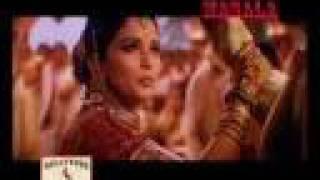 Madhuri Dixit gets abused on sets - Devdas