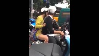 Fancam Song Ji Hyo and Chen Bolin filming We Are In Love at Taiwan
