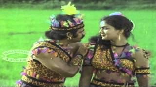 Kaka Kaka Kavadi Kakke | Daivatheyorthu | Malayalam Film Song