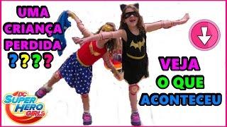 DC SUPER HERO GIRLS DE TÊNIS DE RODINHA