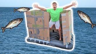 ULTAMATE FLOATING CARDBOARD BOX FORT ON THE POOL CHALLENGE!💦📦💦
