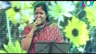 Best of Events- Chithra sings 'Naanoru Sindhu'