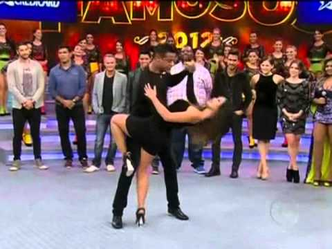 Carol Nakamura dança com professor Chocolate 13.05.2012.wmv