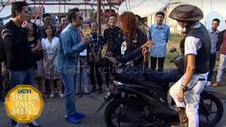 Kang Komar dan Kang Jamal Rebutan Lahan Parkir [Dahsyat] [8 September 2015]