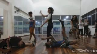 Tatá Tavares/ Sexy gal - Kreesha Turner ft. T.O.K.