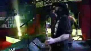Triple H Entrance w/ Motorhead Live Performance @ Wrestlemania