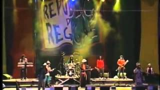 Gregory Isaacs  e Leões de Israel - Live in Bahia Brazil 2004 Show completo