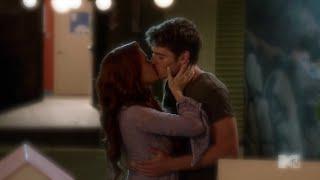 Faking It 2x05 Karma and Liam Romantic Kiss Scene