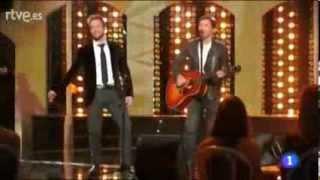 James Blunt y Pablo Alborán - Bonfire Heart