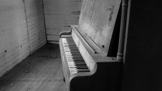 Horror Piano Theme