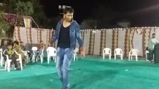 Hiten vasava:so you think you can dance