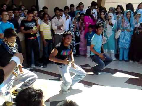 Gujrat University Annual Sports Day 2011.mp4