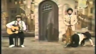 La Smorfia - La sceneggiata - YouTube.flv
