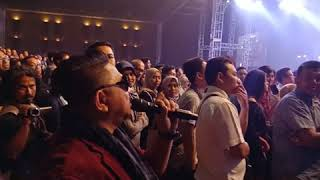 Daddy A at David Foster and Friends concert in Indonesia.