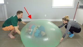 I Trapped Myself in a Giant Slime Bubble! Crazy-Huge DIY Slime Bubbles!